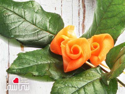 گل رز از لایه های نازک هویج